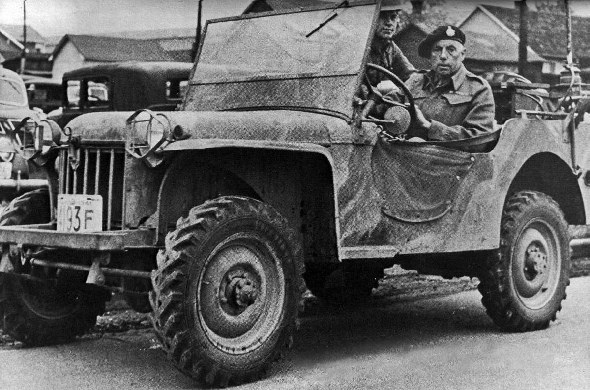 brc60 borden - La Bantam Reconnaissance Car model 60 ou BRC-60 en test au Camp Borden, Ontario, Canada,1941