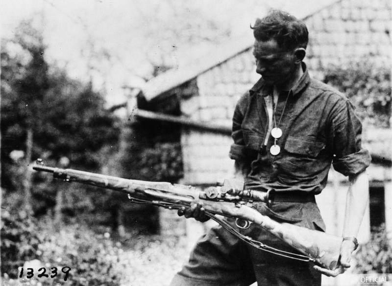 American First World War Official Exchange Collection Q103350 - Une des toutes premières version du M1903 en sniper, le 18 mai 1918 à Badonviller. Il est également peint en camouflage