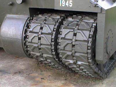 T28 Lielakais ASV 3 - Détail des chenilles du T-28 super heavy tank