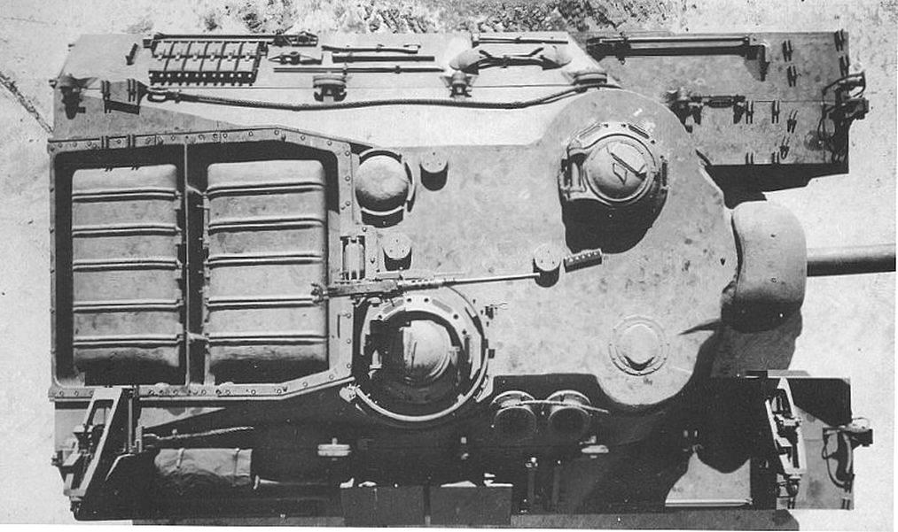T28 5 - Le dessus du T-28
