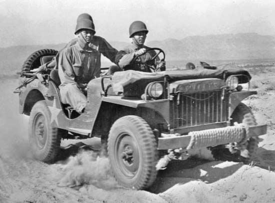 willys - Une willys MA en test dans le désert Indio, centre de test en Californie, en juin 1942