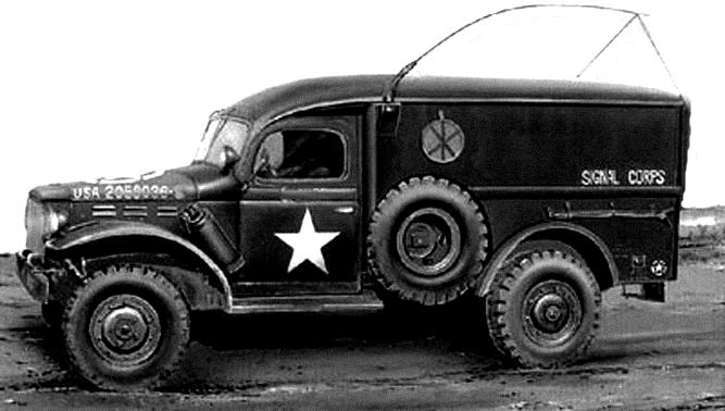 Dodge WC 54 of the Signal Corps - Un Dodge WC-54, mais cette fois-ci du SIgnal Corp.