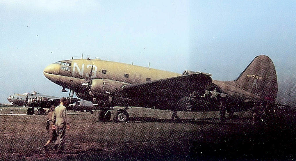 47th troop carrier squadron curtiss c 46d 10 cu commando 44 77541 - Un Curtiss C-46 Commando du 47th Troop Carrier Squadron, 313th Troop Carrier Group, 9th Air Force