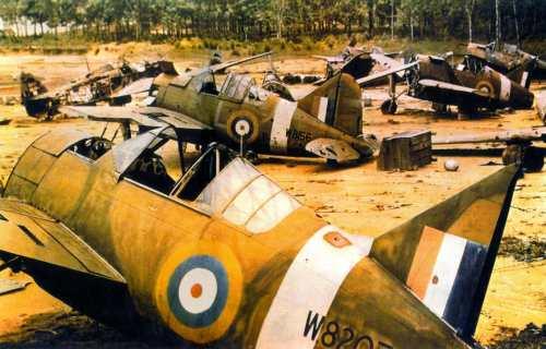 Buffwrecks - D'autres F2A Buffalo abandonnés aux Japonnais. Leurs moteurs ont été retiré