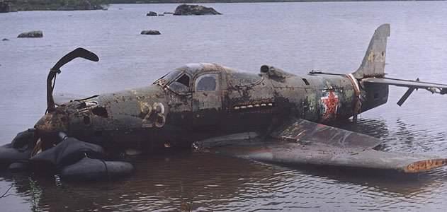 Lieutenant Ivan Baranovsky P39 0911 1 FLASH.jpg  800x600 q85 crop - Un P39 Airacobra retrouvé dans un lac en Sibérie en 2004, où 60 ans plus tôt le pilote LT. Ivan Baranovsky l'avait posé en urgence