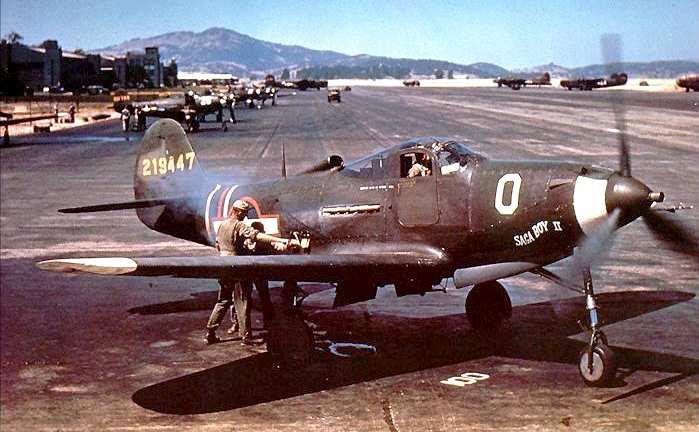 "P 39N - ""Saga Boy II"", appareil du Lt. Col. Edwin S. Chickering, CO 357th Fighter Group. Photo prise en juillet 1943"