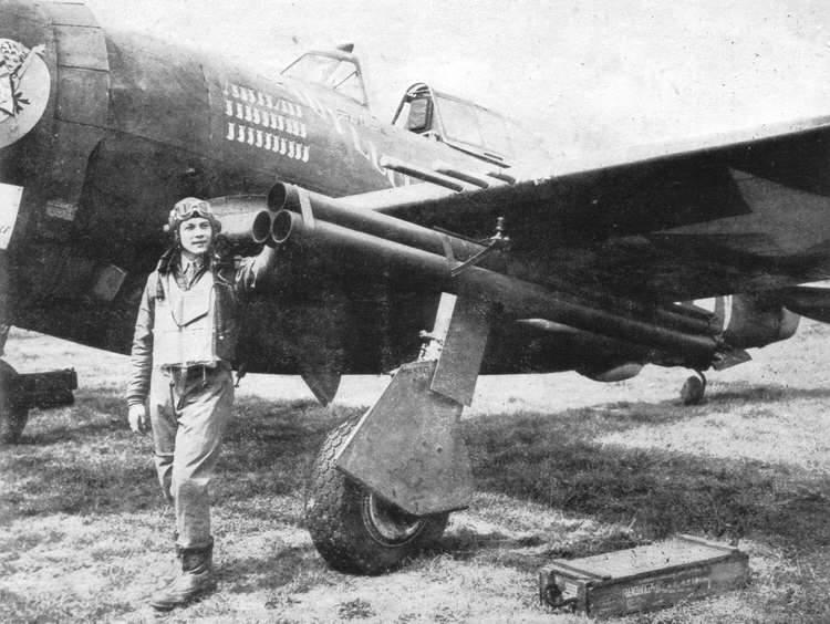 P 47D rockets - Un P-47 Thunderbolt équipé de roquettes