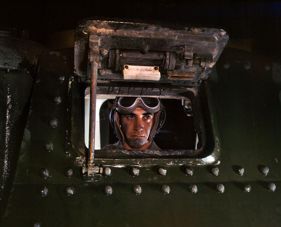21 - Juin 1942 : Conducteur de char à Fort Knox, Kentucky