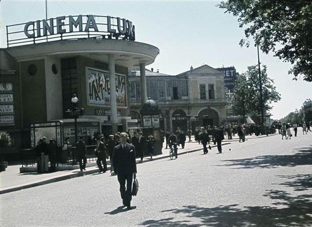 """andre zucca Paris sous occupation 1940 1944 47 - Le cinéma Lux, place de la Bastille. A l'affiche : """"Haut le vent"""", film de J. de Baroncelli"""