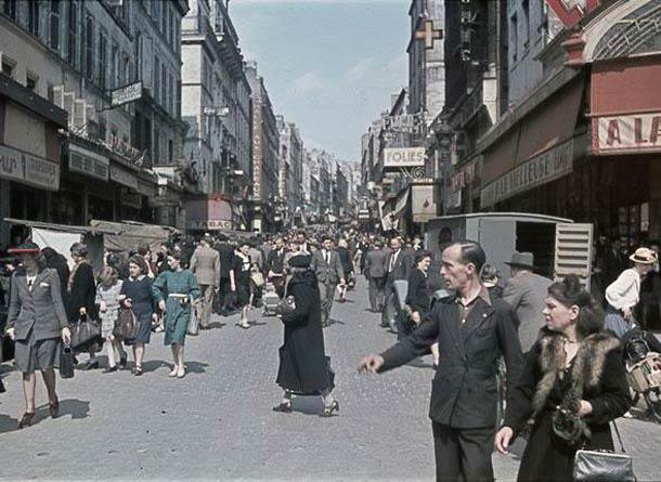andre zucca Paris sous occupation 1940 1944 49 - Rue de Belleville, en 1944