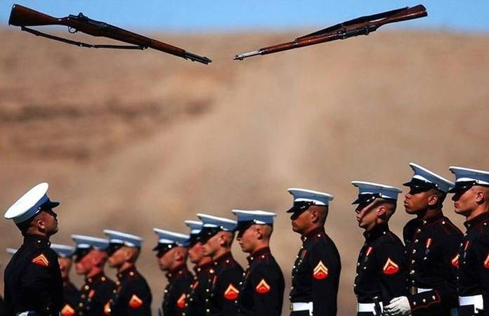 US Marines Silent Drill