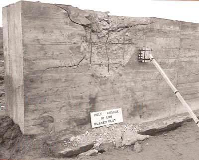 polecharge1 - Le Pole charge est bien placé, surface horizontalement contre le mur. Les dégâts sont bien plus puissants !
