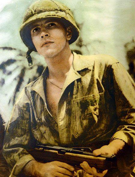 post 3629 1235142842 - Le Sgt Michael Strank (qui participa au célèbre lever de drapeau sur Iwo Jima en 1945) avec sa M50