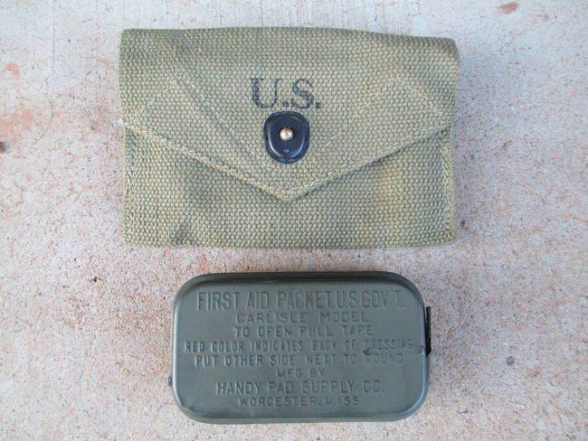 Carlisle Pouch Bandage - La pochette pour pansement et un pansement 2nd type