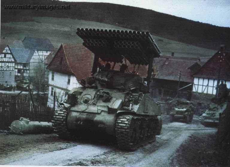 T34 Calliope - Photo couleur du T34 Calliope