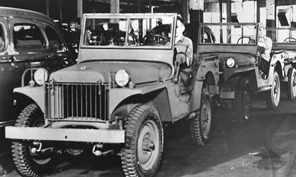2yfum3cHmh0 - Photos prises à l'usine Willys-Overland. Chaine de fabrication de la jeep Willys MA en 1941