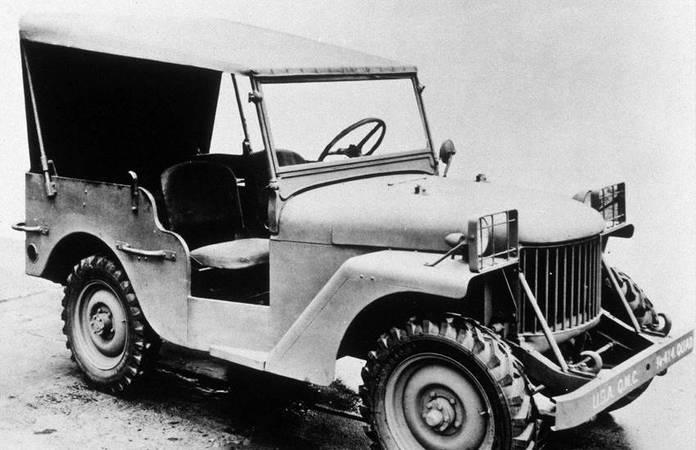 La jeep Willys-Overland Quad telle que présentée le 13 Novembre 1940. Les marquages sur le pare-choc sont