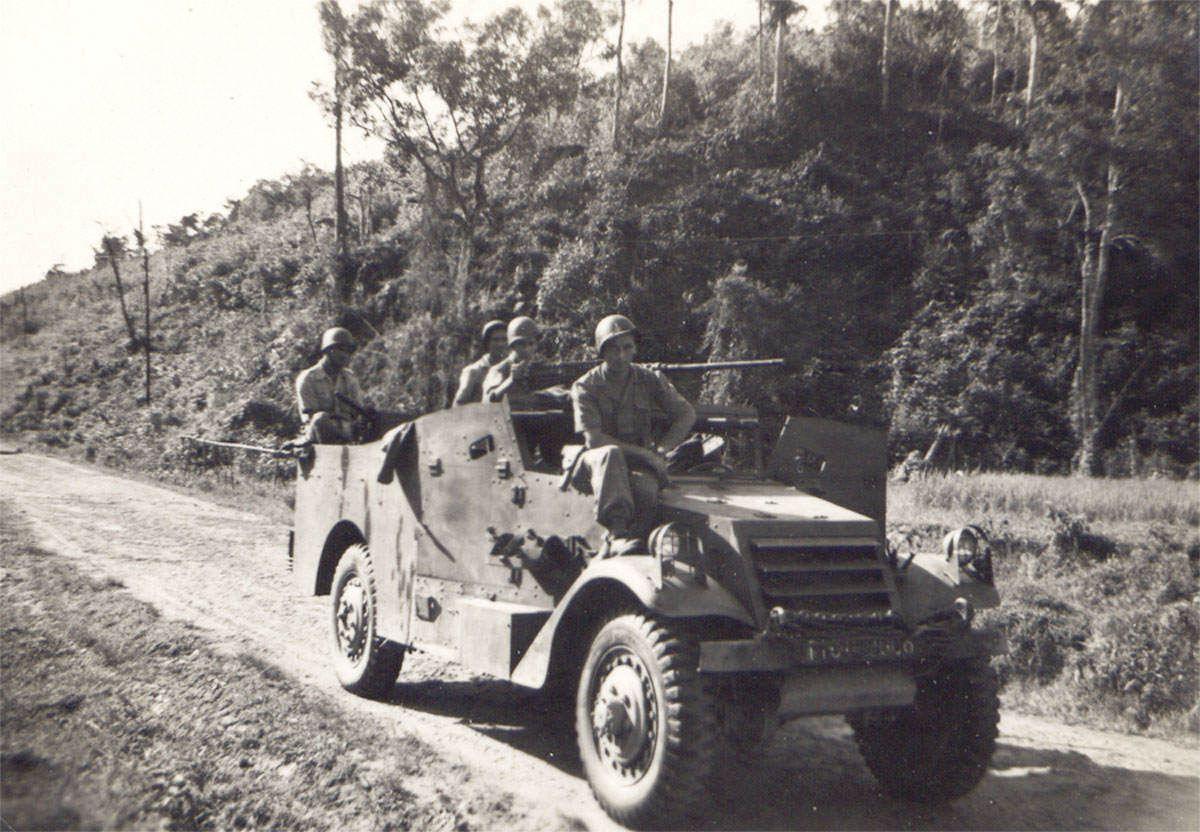 03 patrouille2 jpg - Un White Scout Car Français après guerre