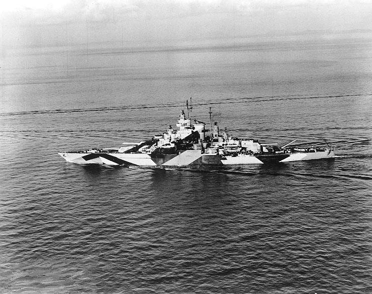 USS California BB 44 - Le USS California en Janvier 1944