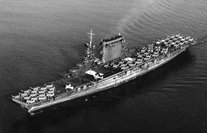 Le CV-2 LEXINGTON quitte San Diego le 14 octobre 1941