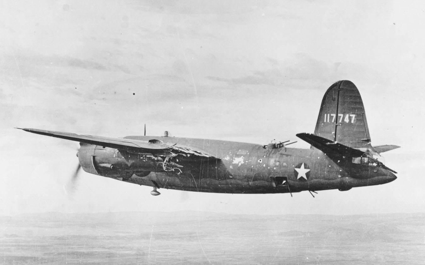 """B 26B Flak Damage - Le B26 """"Earthquake McGoon"""" du 37th Bombardment Squadron, 17th Bombardment Group ayant reçu un coup par la Flak en Septembre 1943"""