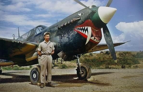 air warhawk23 - Le P-40 'Little Joe II' à l'aerodrome de Kunming (Yunnan, Chine) le 1er septembre 1944