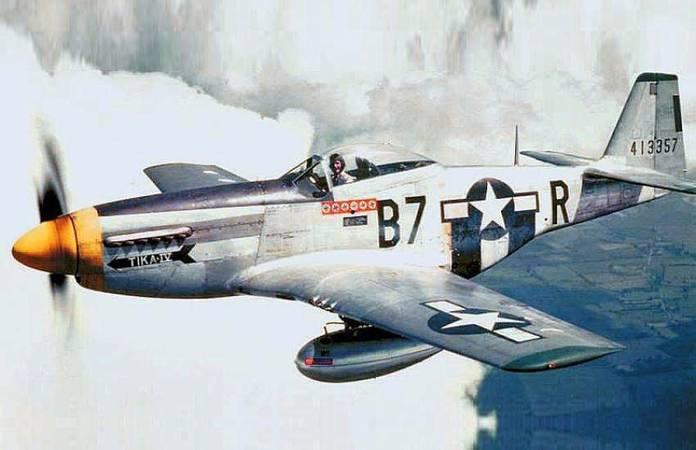 Le P-51D-5NA Mustang n°44-13357 du Lt. Vernon Richards (8th AF / 374th FG / 361s t FG)