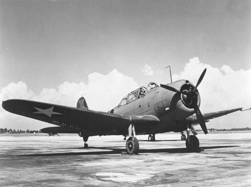 Douglas A 24 Banshee - Un A-24 Banshee, version d'avion d'attaque au sol du SBD Dauntless