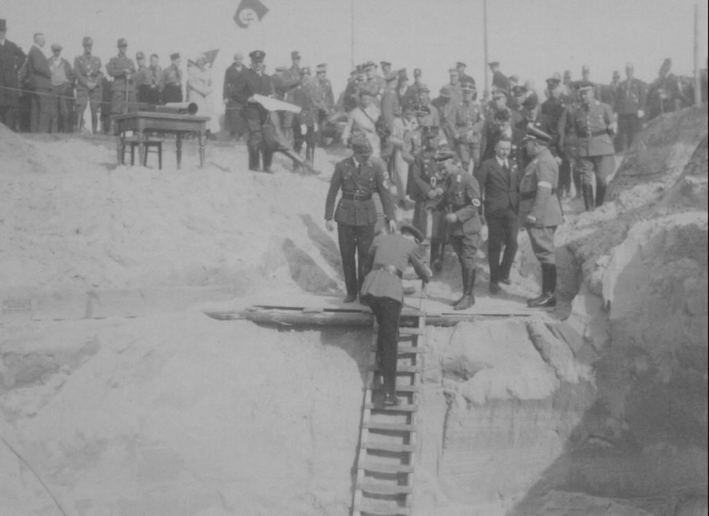 NaziTimeCapsule - Dépôt de la capsule en 1934