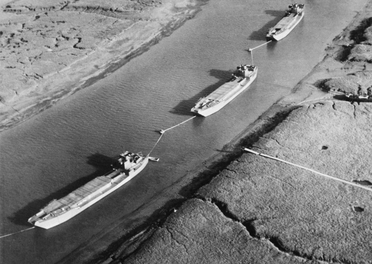 unnamed - De faux bateaux de débarquement en Angleterre, avant le DDay