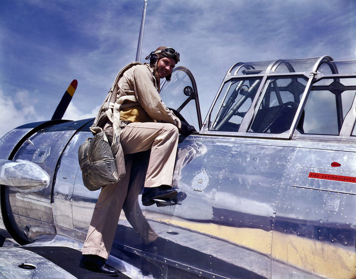 1a34881u - Août 1942 : Le cadet L. Deitz à la base aéronavale de Corpus Christi, Texas.