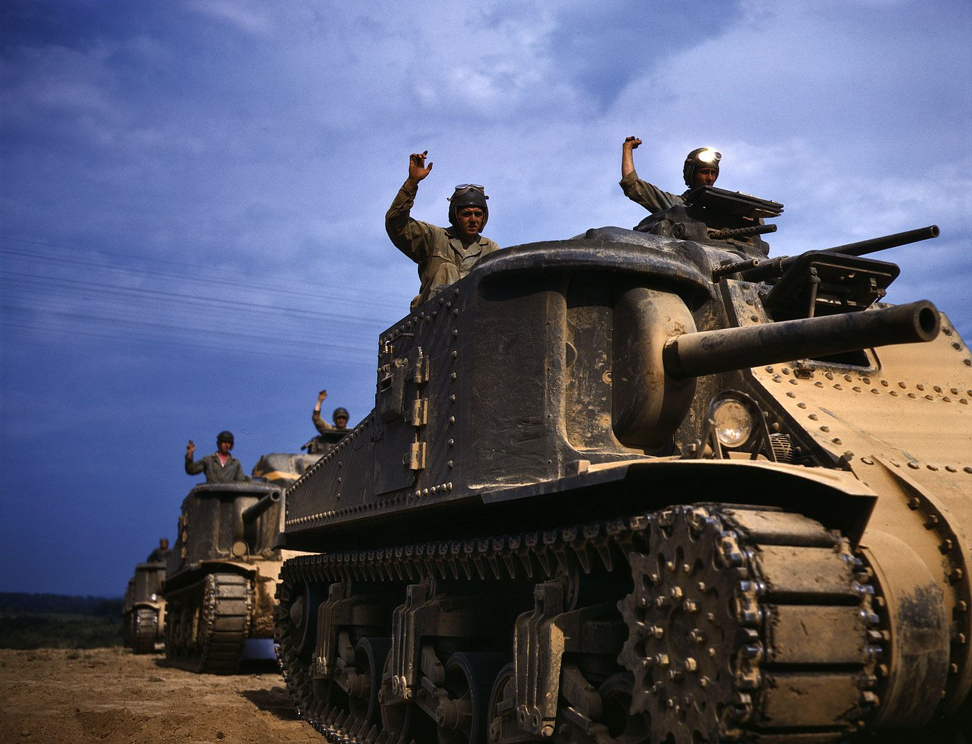 propagande usa guerre mondiale kodachrome 23 - Juin 1942 : Equipages de chars M3 à Fort Knox, Kentucky